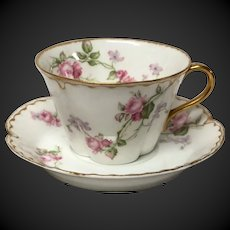 Haviland Limoges Schleiger 87 American Beauty Roses Cup & Saucer Set(s)