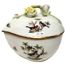 Herend Rothschild Bird (RO) Heart Shaped Box Roses and Branch Lid