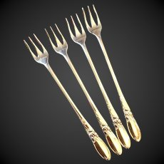 Set (4) Oneida Community  White Orchid Silverplate Cocktail Forks