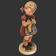 "Adorable Hummel ""A stitch In Time"" Figurine #255 TMK 5"