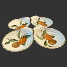 Set(4) Royal Worcester Evesham Gold Shell Shaped Dishes