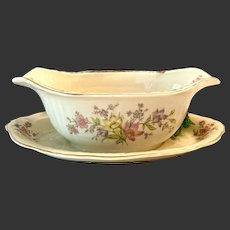 Lovely Syracuse China Briarcliff Pattern Gravy Boat with Attached Stand