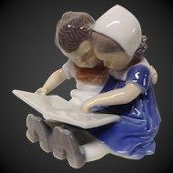 "Charming Bing & Grondahl ""Children Reading"" Figurine"