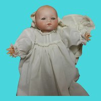 Madame Hendren antique baby doll -sleep eyes- 11 inches