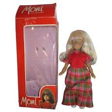 Mint in box MONI doll by Uranium Sasha doll clone miniature blonde girl 8""