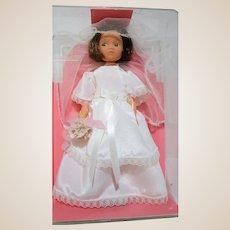 Miss Amanda Jane Bride doll RARE made in England Mint in original case