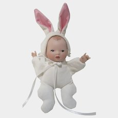 """Wendy Lawton collector's guild 1997 RARE Bunny suit baby 6"""" with ears Somebunny"""
