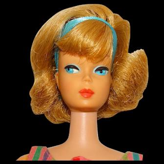 Vintage Barbie Ash Blonde Sidepart Bubblecut Doll w/Toe Polish