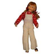 """Royal 1972 23"""" Robin Doll"""