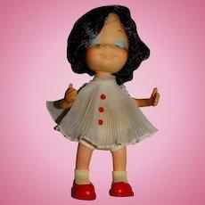 """Uneeda 1960s Brunette 9"""" Little Sophisticate Doll"""