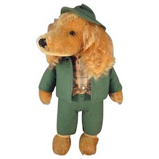 Rare Stieff Mohair Dog with Swivel Head and in Green Hunt Outfit called Waldili