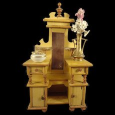 Doll House Dresser in Outstanding Detail
