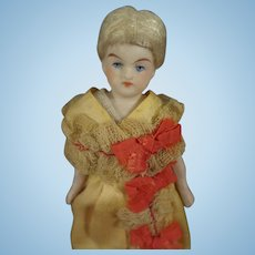 """5"""" Doll House Doll with Beautiful Face and Blonde Wig"""