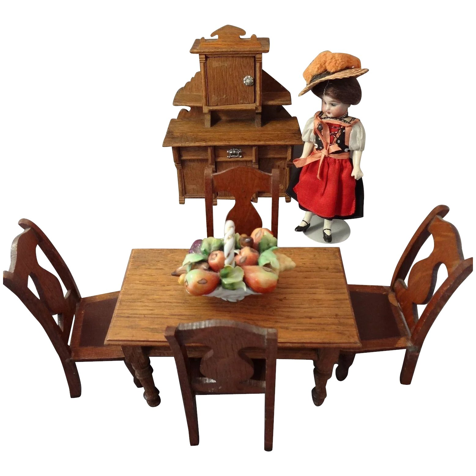 Oak dining table and chairs for doll house jackie for Transmutation table 85 items
