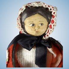 """11"""" Wood Side Glancing Doll"""