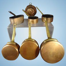 Copper Pots and Mold for Shop or Kitchen