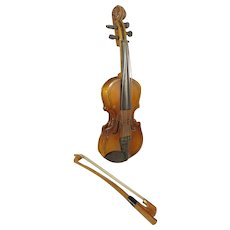 Doll's Toy Violin and Bow with Case