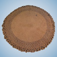 Braided Rug with Scalloped Edge