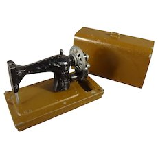 Miniature Cast Metal Sewing Machine with Cover for Doll House