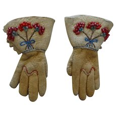 Doll's Suede Leather Gloves with Beadwork Flowers
