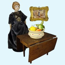 """6 1/2"""" Bisque Doll House Lady with Sculpted Hair"""