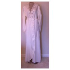 Vintage Ralph Montenero Off-White Robe with Lace