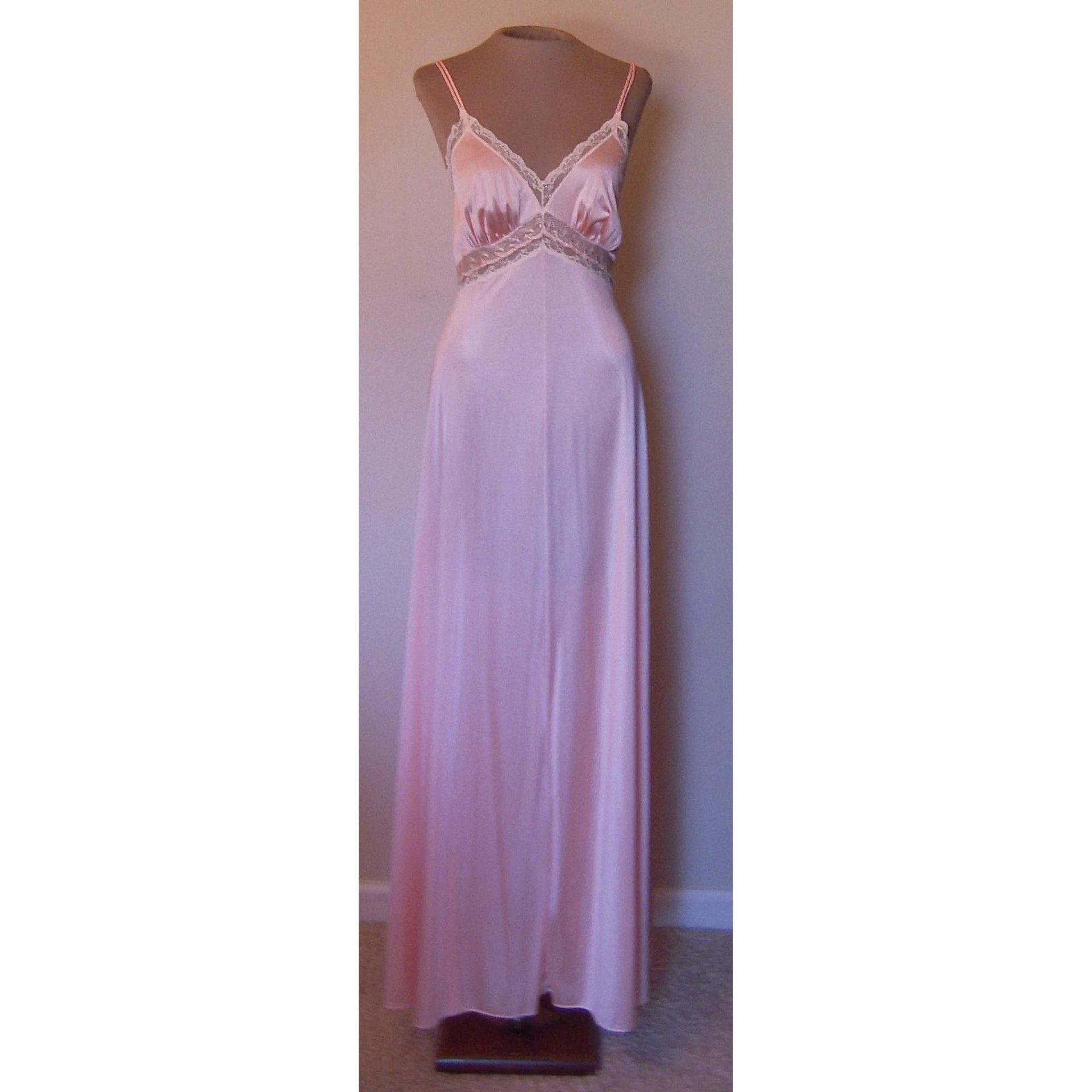 34b5db0a2e8 Vintage Peach Vassarette Long Nightgown with Pretty Lace   Beca s Boutique