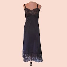 Vintage Black Slip with 7 Inch Lace