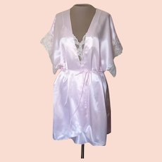 Vintage Val Mode Pink Short Nightgown and Robe with Lace