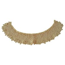 Vintage Ecru Lace Collar with Tiny Stitches