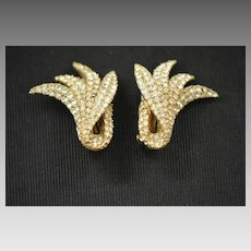 Stunning Ciner Golden Pave Set Rhinestone Leaf Earrings, 1950s Clip On Earrings, Wedding, Cocktail Party Earrings