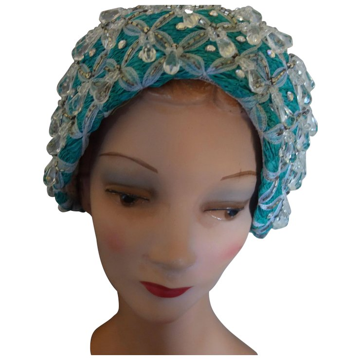 JACK McCONNELL NY Turquoise Aqua Rhinestones Crystals Cloche Hat Red Feather f44e55384100