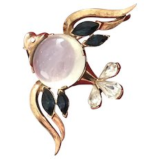 TRIFARI ALFRED PHiLIPPE Gold-Plated Lucite Jelly Belly Fish Brooch/Pin