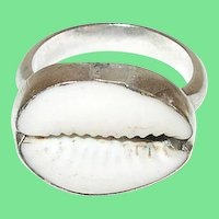 Vintage Sterling Ring Cowrie Shell