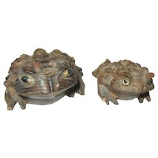 Vintage Handcarved Frogs Glass Eyes Japanese Signed