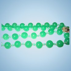 Vintage Apple Green Bead necklace