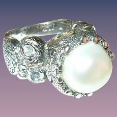 Vintage Ring Sterling Mobe Fresh Water Cultured Pearl