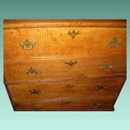 Federal Tiger Maple Blanket Chest Chest of Drawers 1790-1820