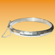 Vintage Sterling Hinged Bangle Cut Design