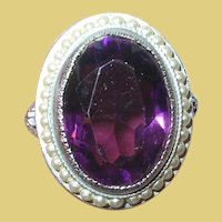 Vintage Ring Faux Amethyst and Pearls