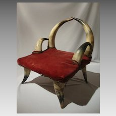 Horn Arm Chair for Toddler