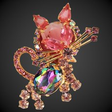 Juliana Cat Pin Brooch Pink Rhinestones Delizza & Elster c1960's.