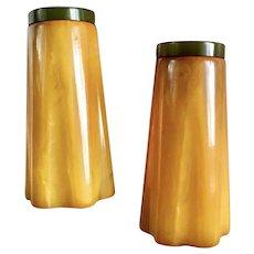 Bakelite Salt & Pepper Shakers Streamline Design Art Deco  c1930's