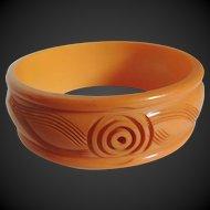Bakelite Carved Bracelet  Deep Cream Corn c1940's