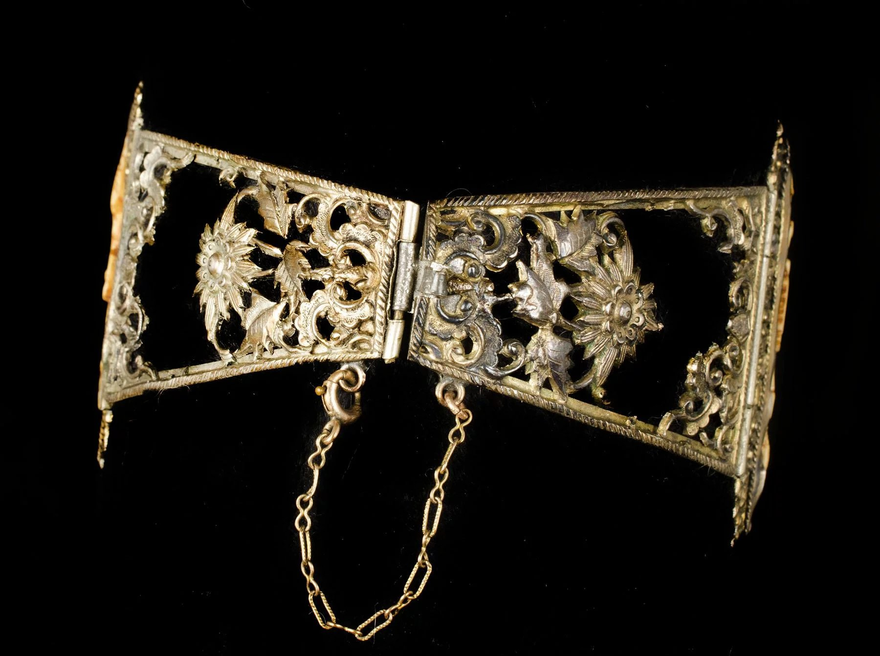 Old Chinese Silver Gilt Carved Pai Gow Tiles Wedding