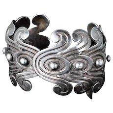 stunning Los Castillo Mexican silver Cuff Bracelet ~ rare pre Colombian double swirl design no 262
