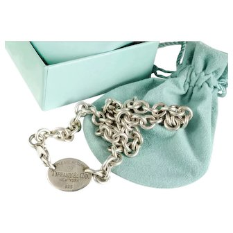 Return to Tiffany sterling silver Necklace with box pouch