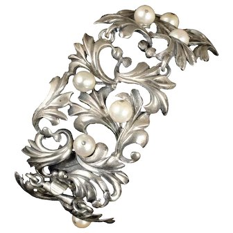 "8.5"" late Art Deco 800 silver and pearls foliate Bracelet"