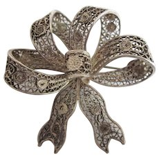 Vintage Italian 800 Silver Ornate Filigree Ribbon Bow Pin