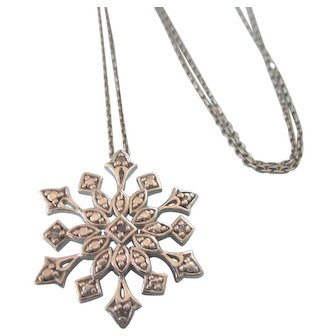 """Vintage Sterling 'Snowflake' Pendant With 18"""" Italian Sterling Chain"""